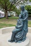 WSCHÓD GRINSTEAD, ZACHODNI SUSSEX/UK - CZERWIEC 13: McIndoe pomnik w E Obrazy Stock