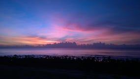 Wschód słońca i morze Obrazy Royalty Free