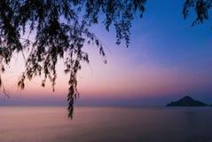 Wschód słońca i sylwetka Zdjęcie Royalty Free