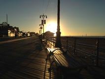 Wschód słońca na Coney Island Boardwalk Zdjęcia Stock