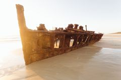 Wschód słońca na dalekiej australijczyk plaży obraz stock