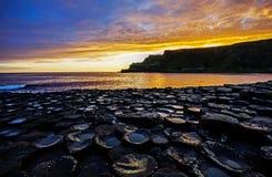 Wschód słońca na skałach Zdjęcia Royalty Free