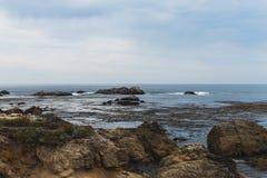 Wschód słońca na Skalistym Monterey Ca, fotografia stock