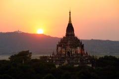 Wschód słońca nad świątyniami Bagan Obrazy Stock