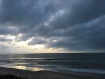 Wschód słońca nad Atlantyckim oceanem z Pólnocna Karolina zdjęcia stock