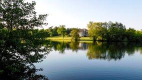 wschód słońca nad jezioro zdjęcia royalty free