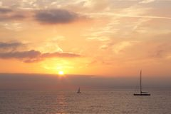 Wschód słońca nad Mediterranian morzem, Antibes, Francja Fotografia Stock
