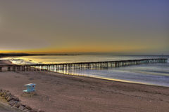 Wschód słońca nad molem Fotografia Stock