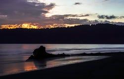 Wschód słońca nad morzem w Indonezja Zdjęcie Royalty Free