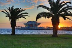 Wschód słońca Nad St. Petersburg molem (1) obraz royalty free
