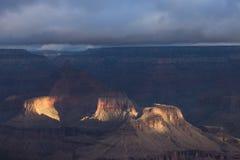 Wschód słońca nad Uroczystym jarem Arizona, usa zdjęcie stock
