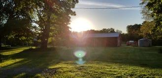 Wschód słońca Nad wieśniaka miasteczkiem obraz stock