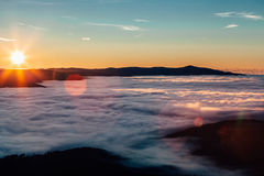 Wschód słońca nad wzgórza Obrazy Royalty Free