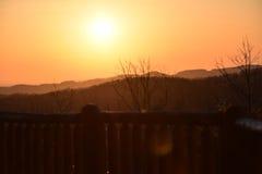 Wschód słońca Nad zboczem góry Zdjęcia Royalty Free