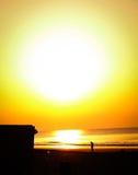Wschód słońca plaży spacer Fotografia Royalty Free