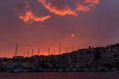 Wschód słońca przed burzą na Poros wyspie, Grecja zdjęcie royalty free
