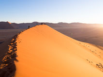 Wschód słońca przy diuną 45, Namib pustynia, Namibia Obraz Royalty Free