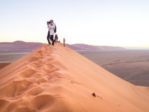 Wschód słońca przy diuną 45, Namib pustynia, Namibia Zdjęcie Stock