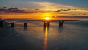 Wschód słońca przy głupoty plażą fotografia royalty free