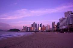 Wschód słońca przy Haeundae plażą Busan obraz stock