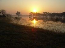 Wschód słońca Przy jeziorem Obrazy Royalty Free