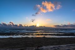 Wschód słońca przy Lihue, Kauai, Hawaje obraz stock