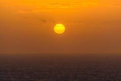 Wschód słońca przy morzem w Atlantyckim oceanie na wyspie madera Fotografia Stock
