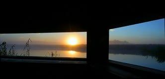 Wschód słońca przy natury kryjówką Obraz Royalty Free