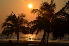 Wschód słońca przy Pantai Batu Hitam Zdjęcie Royalty Free
