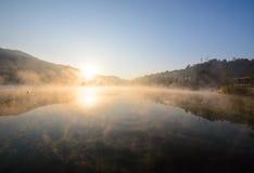 Wschód słońca przy rezerwuarem Fotografia Stock