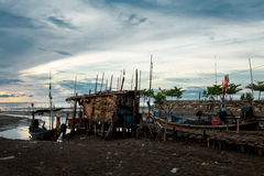 Wschód słońca przy rybak wioską w sountern Tajlandia Zdjęcia Stock