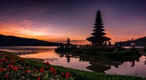 Wschód słońca przy Uluwatu świątynią Obraz Stock