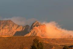 Wschód słońca przy Zion parkiem narodowym Zdjęcia Stock