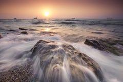 Wschód słońca w czarnym morzu z pięknym niebem Fotografia Stock