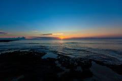 Wschód słońca w oceanie Zdjęcia Royalty Free