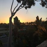 Wschód słońca w pokojowej plaży Obrazy Stock