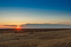 Wschód słońca w stepach Zdjęcia Royalty Free