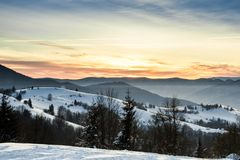 Wschód słońca w zim górach Obraz Royalty Free