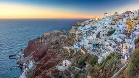 Wschód słońca widok Oia, Santorini, Grecja zdjęcie royalty free
