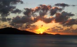 Wschód słońca z burz chmurami fotografia royalty free
