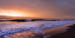 Wschód słońca nad złota wybrzeżem Queensland Australia Zdjęcie Royalty Free
