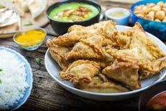 Wschodnia kuchnia, apetyczna, samosa, indianin, pakistańczyk, Banglade zdjęcie royalty free