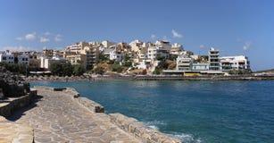 Wschodnia zatoki plaża, Agios Nikolaos, Crete, Grecja Zdjęcie Stock