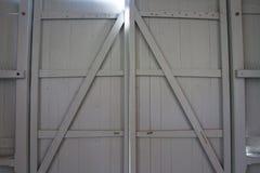 wschodnie drzwi budynków ludzi wpis klasztor jest Ukraine drewna Obrazy Stock