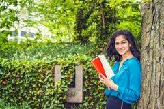Wschodniego indianina studenta collegu Amerykański studiowanie w Nowy Jork Zdjęcie Stock