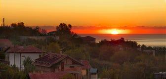 Wschodu słońca HB brzeg Czarny morze w Bułgaria Obraz Stock
