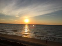 Wschodu słońca @ mirt plaża fotografia royalty free