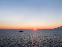 Wschodu słońca niebo w morzu egejskim Obraz Royalty Free