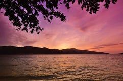 Wschodu słońca widok z zadziwiającym niebem Obraz Royalty Free