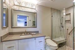 Współczesny łazienka projekt obrazy stock